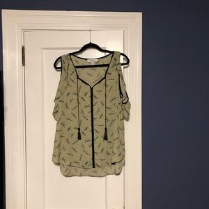 Libby Edelman blouse in a size large